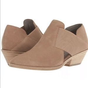 Eileen Fisher ankle booties